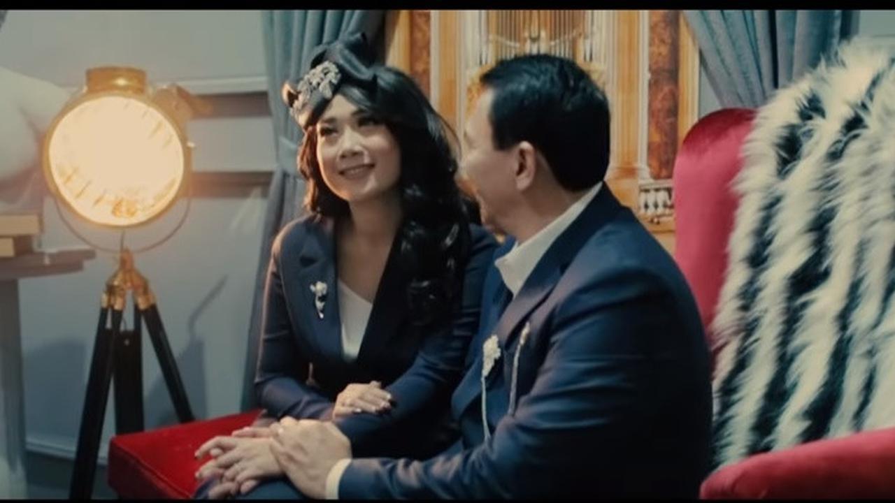 Potret Pernikahan Ahok Dan Puput Dengan Gaya Modern Romantis 3