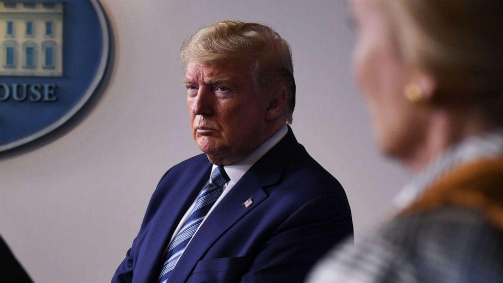 Photo of Sebelum Gedung Putih, Trump menyebut NIH 'mengerikan,' mempertanyakan vaksin
